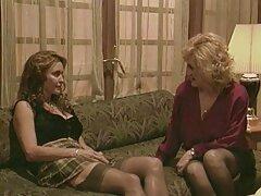 الرجال سكسي اجنبي مترجم للعربي يمارس الجنس مع كيسي كابري في الحمار ونائب الرئيس في الفم
