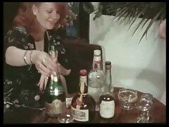 امرأة سمراء زوجين المفاخرة على الكاميرا مقطع سكسي اجنبي لممارسة الجنس بارد