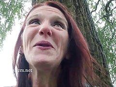 دوامات الثدي المروية من مقطع فيديو سكسي اجنبي قضبان