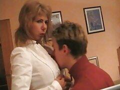 فتاة الملاك الأزرق افلام سكسي اجنبي مترجم عربي ترضي بوسها المرهق مع سيندي هوب
